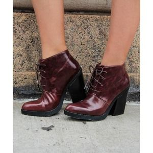 NWOT Chelsea Crew Kilo Lace Up Leather Ankle Boot